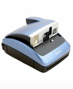 Polaroid One600 Classic camera is one of popular Polaroid camera models Find places to buy this camera and cheapest prices for type 600 instant film