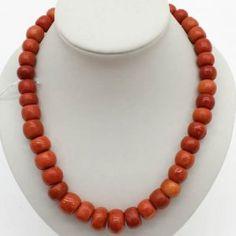19世紀 の 大 規模な 赤 サンゴ の ネックレス 12から20ミリメートル 19th Century Very Large Red Coral Necklace 12 - 20 Mm
