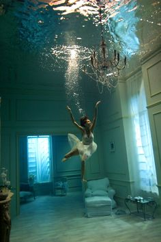 Gorgeous photo captured underwater by Phoebe Rudomino