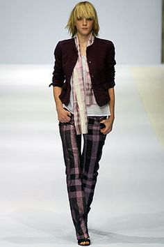 Burberry Spring 2003 Ready-to-Wear Fashion Show - Christopher Bailey