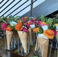Flower Vases, Flowers, Corporate Events, Floral Design, Ice Cream, Table Decorations, Photo And Video, Fun, Instagram