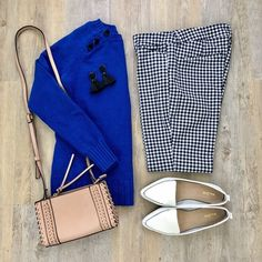 {Keepin' It Fun} // Love a fun work outfit that mixes color and prints! My gingham pants and sweater Work Attire Women, Office Outfits Women, Summer Work Outfits, Office Fashion Women, Teenager Outfits, Work Fashion, Business Professional Outfits, Business Attire, Business Chic