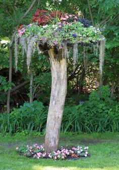 Like the concept, build your own tree  01-DIY-Tree-Stump-Garden