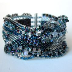 Beaded Impressions  announced the winners of their 2011 Winter Beading Contest . There were two categories:  Beaded Jewelry and Beadwork.  T...