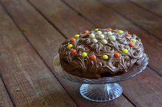 Chocolate Wasted Cake http://wygrywamzanoreksja.pl/jemy-i-pijemy/robimy-porn-foody-marzec-2014-chocolate-wasted-cake/ fot. Szymon Kiżewski