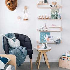Gah...just...GAHHHHHH!!! No words for this gorgeous corner in @jvanryt's little man's room, it's just perfect!!! We love seeing the stunning @rafakids shelf in this space, perfect for storing all the little knick-knacks our little ones collect.  Beautiful styling and photography by @oh.eight.oh.nine