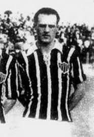Mario de Castro - 3º Maior artilheiro da historia do Atlético Mineiro. 195 gols em 100 jogos. #Galo #AtléticoMineiro #Eterno9x2 #MariaEuSeiQueVocêTreme
