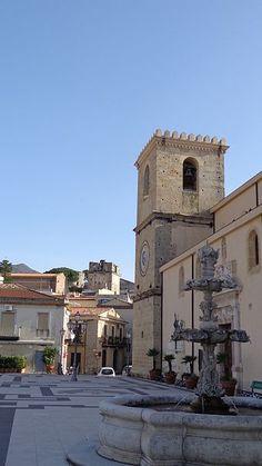 #Castroreale - Wikipedia - Torre di Federico II e campanile del Santissimo Salvatore e Duomo