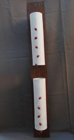 """Gabrella Civitate - """"UNHAS"""" Esculturas de parede - cerâmica e ferro"""