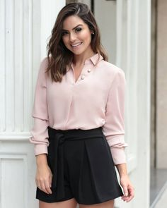 New Fashion Art Work Outfit Ideas Moda Chic, Vestido Casual, Blouse Outfit, Womens Fashion For Work, Work Attire, Blouse Styles, Well Dressed, Casual Looks, Blouses For Women