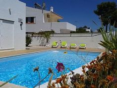 T2 Praia da Oura (400 m) mit Schwimmbad und Parkplatz   Ferienhaus in Albufeira von @homeaway! #vacation #rental #travel #homeaway