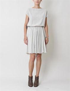 How to Sew dress in linen > Black Crane Accordion Dress by Creatures of Comfort