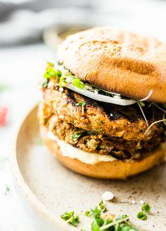 Grilled Moroccan Cauliflower Chickpea Burgers #vegan #glutenfree | Cotter Crunch