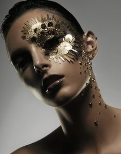 Gold Makeup - Where Professional Models Meet Model Photographers