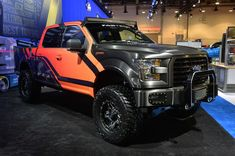 2015 Ford F-150 Customs: SEMA 2014 Photo Gallery - Autoblog#photo-3077376/