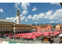 Zagreb market: fresh, organic, airy, classic old town