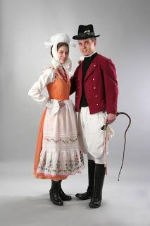 Polish traditional Clothing | Traditional clothing of the world