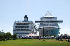 Navios de cruzeiro, em parada nas Ilhas Virgens Britânicas, na Ilha de Tortola.  Fotografia: viajarepensar.blogspot.com.br