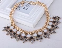 Fashion Resin Beads Chain Necklace Jewelry Necklace Gift for Women Ladies Two Colors Choose