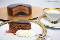 Home - Food - Gudrun von Mödling Cake Pops, Ober Und Unterhitze, Home Food, Pudding, Sweets, Eat, Desserts, Sacher, Ethnic Recipes