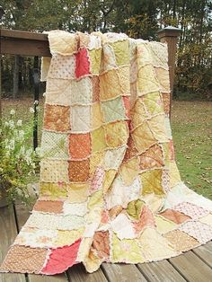 Twin Size Quilt, Rag, Fresh Cottons, shabby patchwork - plan on making something like this! Sewing Hacks, Sewing Crafts, Sewing Projects, Rag Quilt, Quilt Blocks, Quilt Baby, Twin Quilt Size, Cute Hairstyles For Kids, Quilt Patterns