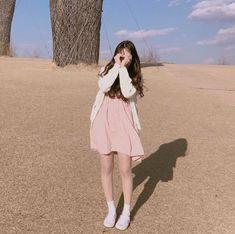New post on pinkhaneul Korean Girl Photo, Cute Korean Girl, Asian Girl, Cute Asian Fashion, Korean Fashion, Girl Pictures, Girl Photos, Ulzzang Korean Girl, Uzzlang Girl
