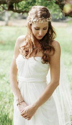 Wedding hairstyle idea; Featured Photographer: Fabrice Tranzer
