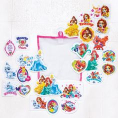 This fun water toy includes 25 foam pieces that stick to wet surfaces. Comes with a mesh bag and suction cup to stick to the wall. Ages 2 and up. Man-made materials. Imported.©Disney