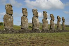 Easter Islanders Are Visiting British Museum to Request Repatriation of Ancestral Heritage Easter Island Moai, Easter Island Statues, Tahiti, Central America, South America, Latin America, Museum Photography, Visit Chile, Natural Park