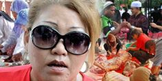 Korban binatang adalah perbuatan tak bermoral  Dalam ucapan Hari Raya Aidiladha Siti Kasim minta Islam moden supaya mempersoal amalan korban   Korban binatang adalah perbuatan tak bermoral  Dalam ucapan Hari Raya Aidiladha Siti Kasim minta Islam moden supaya mempersoal amalan korban    KUALA LUMPUR: Siti Kasim dalam ucapan selamat hari rayanya mendakwa bahawa al-Quran tidak pernah menyatakan mimpi Nabi Ibrahim a.s. untuk mengorbankan anaknya adalah dari Tuhan.  Menurutnya lagi Tuhan tidak…