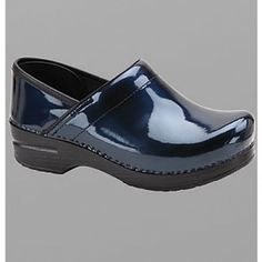 Best nursing shoes ever! - I Dansko! Leather Clogs, Patent Leather, Chef Clogs, Scrub Shoes, Best Nursing Shoes, Dansko Shoes, Shoe Sale, Blue Shoes, Shoe Boots
