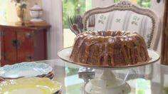 Fresh Apple Cake Recipe : Trisha Yearwood : Food Network - FoodNetwork.com