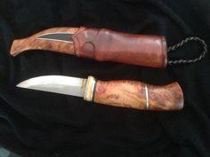 Handgjord exklusiv kniv på Tradera.com - Knivar från Skandinavien | Knife Making Tools, Bushcraft Knives, Knife Art, Handmade Knives, Cold Steel, Blacksmithing, Metal Working, Sword, Camping
