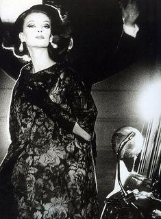 Nena von Schlebrugge, photo by John Rawlings, Vogue, Novem… | Flickr