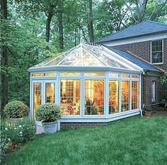 Your Newspaper   HomeStyle   Wintering In The Sunroom