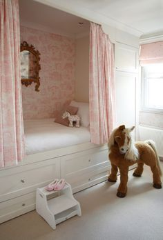 pics-of-girls-bedrooms-Kids-Victorian-with-bed-bed-alcove-cabin - Comforter and Bedding