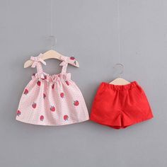 Cute Baby Girl Outfits, Baby Outfits Newborn, Kids Outfits, Frocks For Girls, Little Girl Dresses, Baby Girl Fashion, Kids Fashion, Girls Frock Design, Baby Frocks Designs