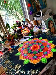 Mandalas with Color Are Even More Fantastic! Rangoli Painting, Mandala Painting, Mandala Canvas, Mandala Artwork, Neon Painting, Dot Art Painting, Painted Plant Pots, Mandala Art Lesson, Art Corner