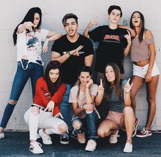 Indiana, Greg, Caden, Mads, Annie and Riley Cute Friend Pictures, Best Friend Pictures, Annie Leblanc Outfits, Annie And Hayden, Rock Your Hair, Annie Lablanc, Cute Friends, Best Friend Goals, Best Friends Forever