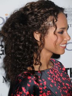 Alicia Keys half up half down curly hairstyle