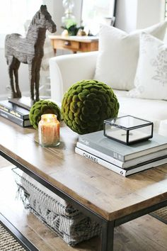 Plan your coffee table decor well, and see the refreshing change immediately #CoffeeTable #DiyCoffeeTable
