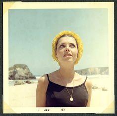 "personal photo from ""rmi madre"" en 1967 by lolapaipro Vintage Love, Vintage Colors, Freddie Mercury Mother, Vintage Photographs, Vintage Photos, San Francisco Girls, Vintage Magazine, Nostalgia, Miss Moss"