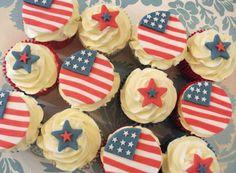 American Flag Cupcakes (by Fairy Dust Bakery)