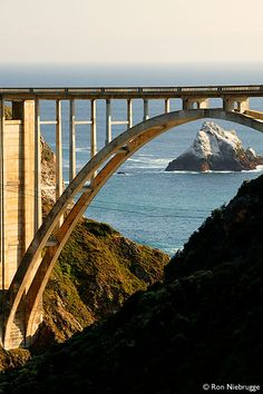 Professional stock photos of Historic Bixby Bridge, Big Sur Coast, California Places In California, Central California, California Dreamin', West Coast Road Trip, Pacific Coast Highway, Big Sur Highway 1, Places To Travel, Places To See, Bixby Bridge
