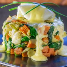 Brunch favorite, New Orleans Eggs Sardou, goes paleo. Fast, fresh and delicious. Tip and tricks for perfect poached eggs and hollandaise sauce!