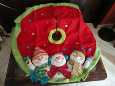 Pie de pino musical-iluminado Zapopan $700 Christmas Clay, Christmas Humor, Christmas Time, Christmas Wreaths, Christmas Crafts, Merry Christmas, Christmas Decorations, Garland Hanger, Xmas Tree Skirts