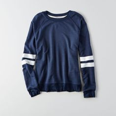 AE Soft & Sexy Terry Sweatshirt (46 CAD) ❤ liked on Polyvore featuring tops, hoodies, sweatshirts, crew neck sweatshirts, american eagle outfitters, raglan top, raglan sweatshirt and raglan crewneck sweatshirt