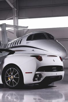 #Ferrari #Privatejet #Mantoys