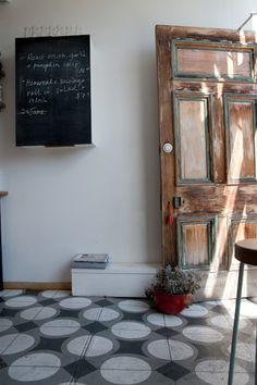 cheerio, cafe 323 lennox st richmond melbourne 3121 I really and genuinely enjoyed my visit to Cheerio. The interiors are pared back - ...
