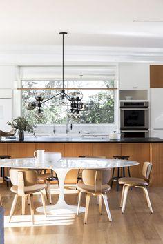 Casa de campo na Califórnia mistura clássicos do design e estilo contemporâneo